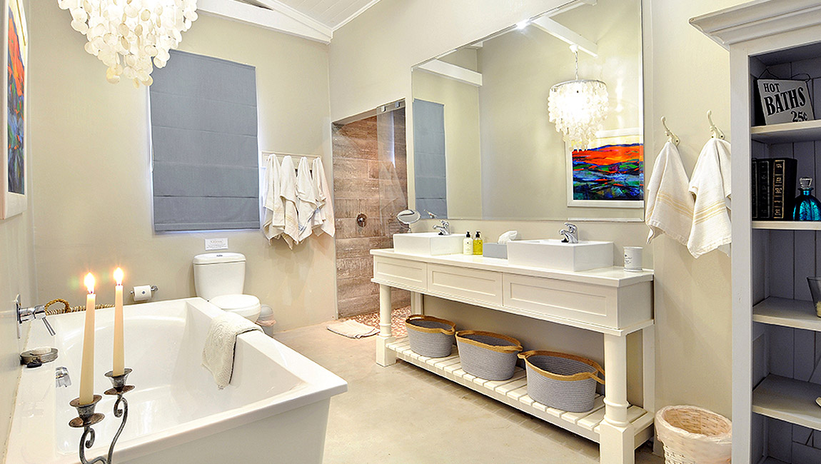 Main bathroom and shower, tastefully appointed